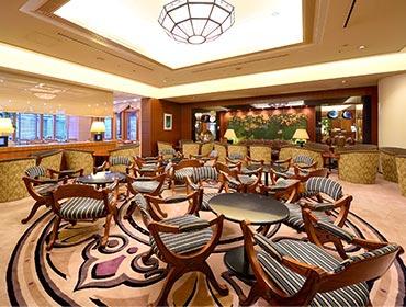 เลาจน์ลุมิเอเร่ (Lobby Lounge Lumiere)