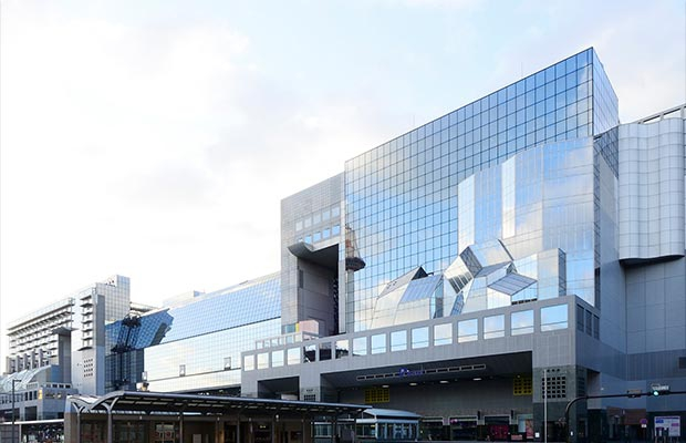 สถานีรถไฟเกียวโต (Kyoto Station)