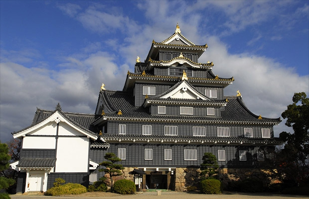 ปราสาทโอคะยะมะ (Okayama Castle)