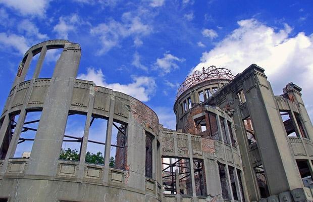 广岛和平纪念公园 原子弹